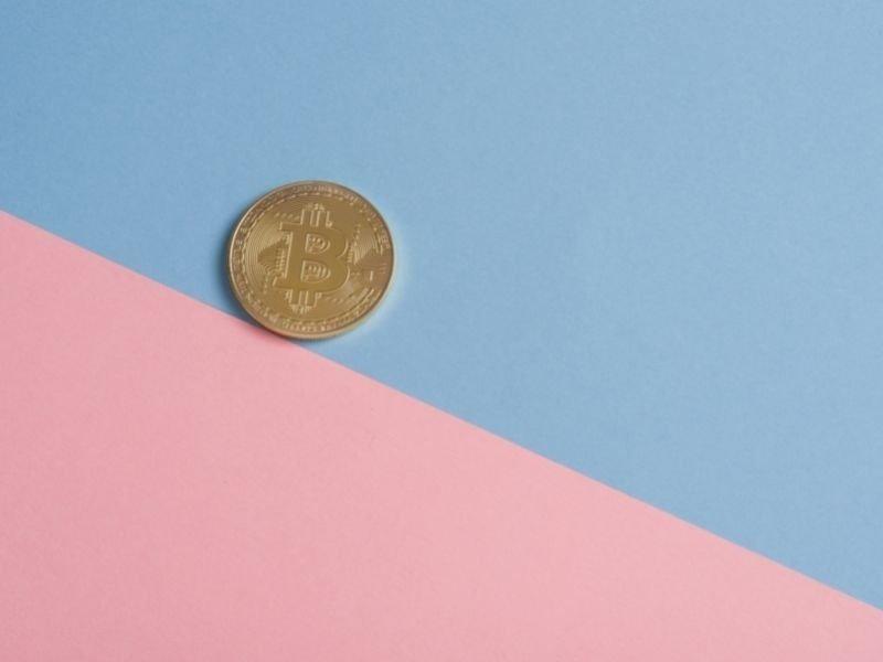 Coinbase gender pay THUMB